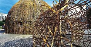 王文志さんの作品「小豆島の家」(小豆島)