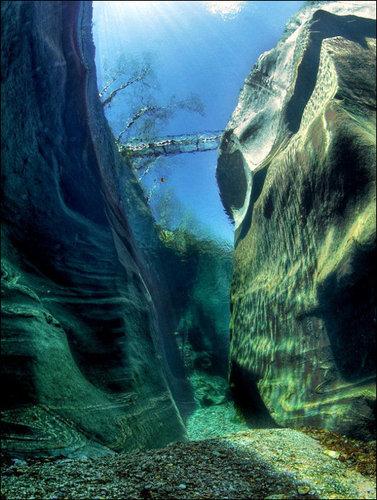 verzasca_maggia_river