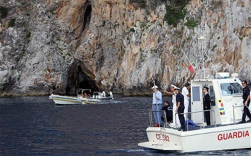 イタリア「血の洞窟」でのダイビング死亡事故