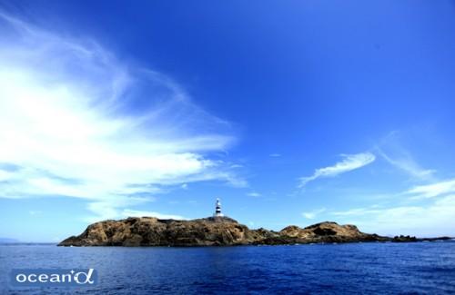 伊豆半島最南端・神子元島