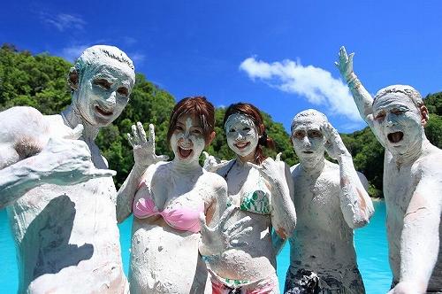 ダイビングの時にお化粧しますか