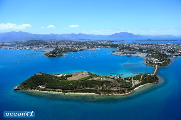 ニューカレドニア南部州 首都ヌメアと南太平洋の宝石箱、イル ...