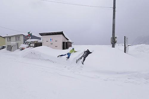 北海道の海ロケ(撮影:越智隆治)