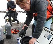 """次の記事: 冬の海に学ぶストレス回避術。""""温かいの重要性""""~北海道潜り歩"""