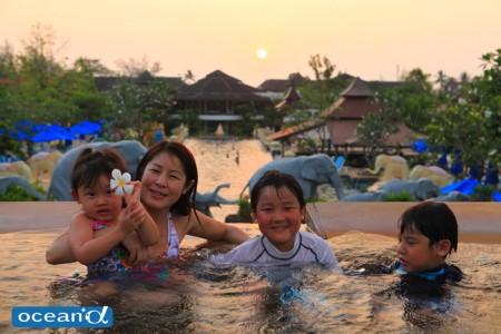 シービューには、広いプールがあって、子どもに人気