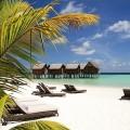 真っ白な砂浜とラグーンの美しさは格別!「コンスタンス・ムーフシ・リゾート」自慢のビーチ