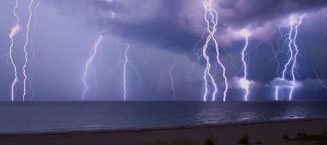 雷とダイビング