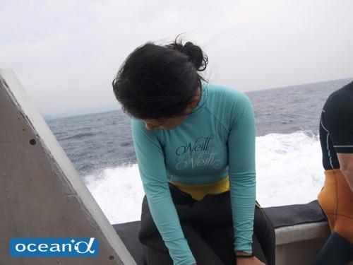 空振りと船酔いでうなだれていると思ったら、喜びを噛みしめていたミーちゃん
