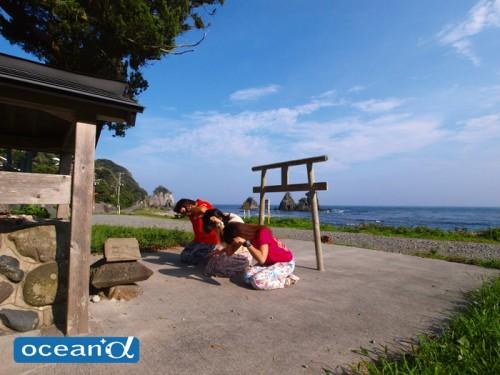 神子元島のハンマー神社