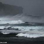 台風の宮古島の海