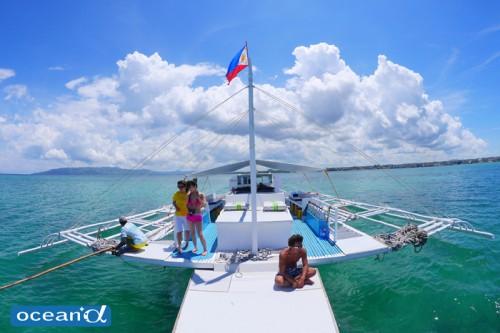 セブ島のボート(撮影:越智隆治)