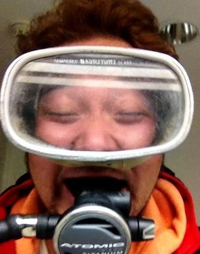 ダイビングマスクと笑顔