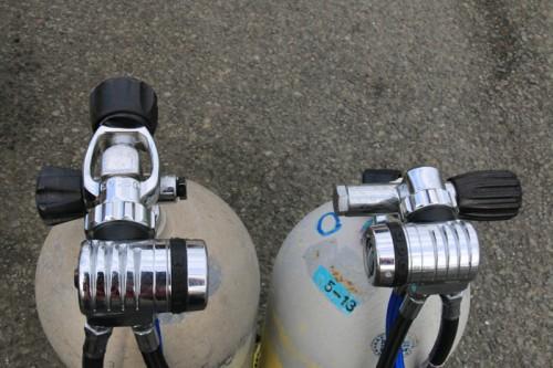 ヨークバルブとDINバルブの装着例