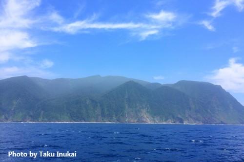 晴れた日の御蔵島