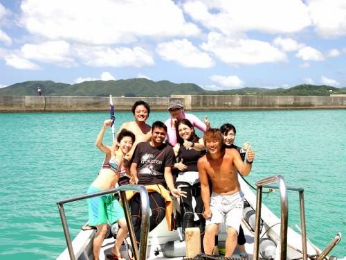 日本人ダイバーと外国人ダイバー