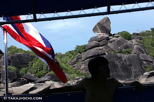 タイのボート(撮影:越智隆治)