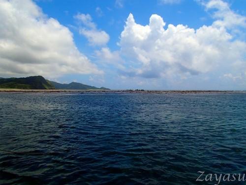 前方礁原(提供:座安佑奈)