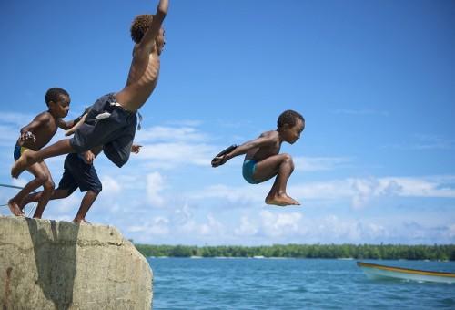 パプアニューギニアの子どもたち(撮影:中村卓哉)