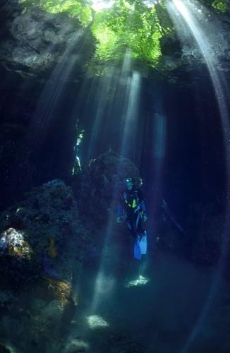 パプアニューギニアの光(撮影:中村卓哉)