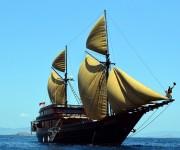 次の記事: パイレーツ・オブ・インドネシアン ~手作り帆船で海賊気分~
