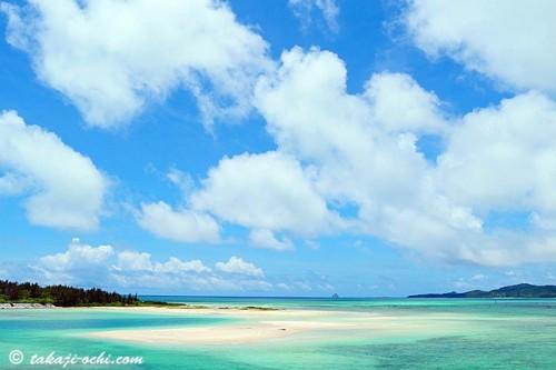 久米島のビーチ(撮影:越智隆治)
