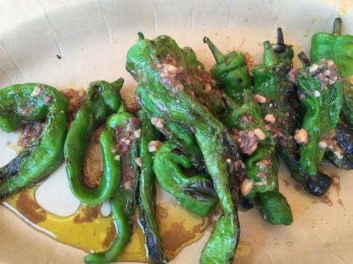 鎌倉野菜あまとう炭火焼きのアンチョビ熱々ソース