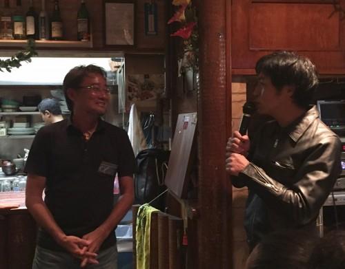 尾崎太郎さん(右)