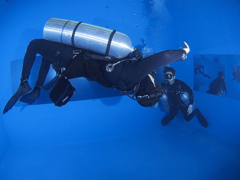 水中姿勢のコントロール