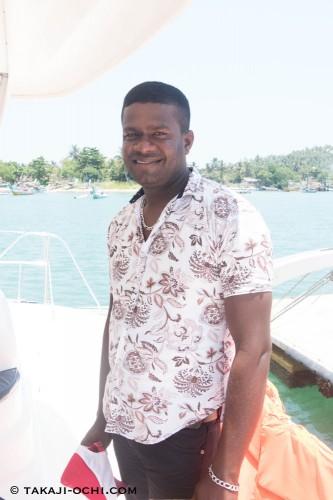 船長に裏切られ、後ろ手に縛られたまま海に落とされて生還したスリランカ人