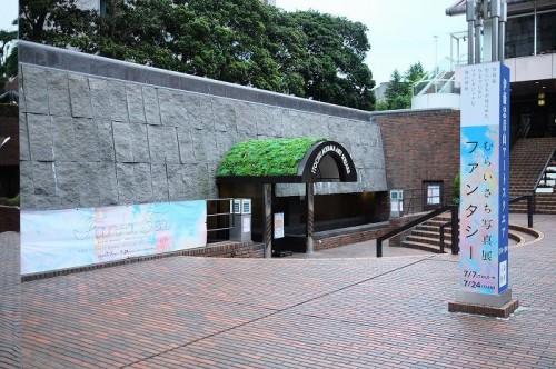 会場となる「伊藤忠青山アートスクエア」