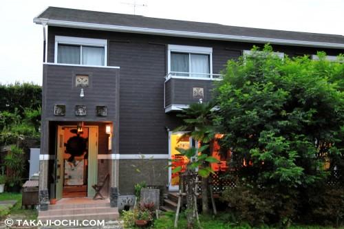陸の拠点はダイバーのための宿「串本倶楽部」