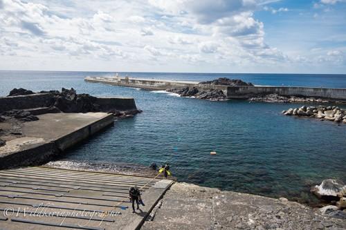 島の西側にあるビーチポイント「八重根」