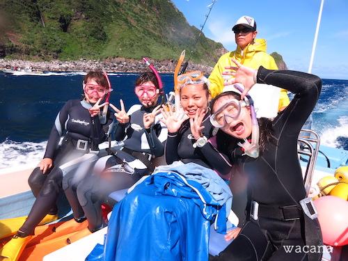 イルカに会えて、笑顔いっぱいのみなさま!