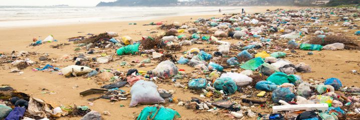 コスタリカ、世界で初めて、あらゆる使い捨てプラスチックの禁止を目指す