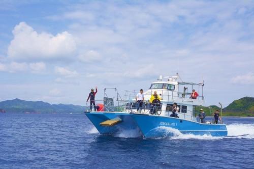 バリアフリーのカタマラン船「ゼログラヴィティⅠ号」