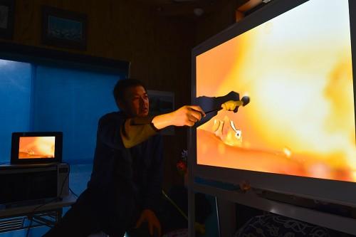中村卓哉さんに、撮った写真を見せてもらいながらのレクチャー(イメージ)