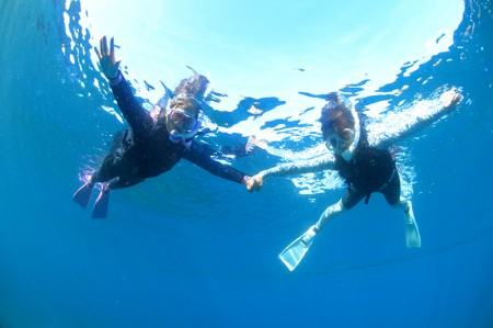 初めての海の中の世界に夢中!