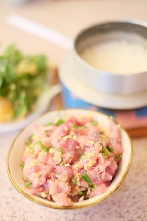 西伊豆に来たらはずせない地魚。海鮮料理屋「さくら」の人気メニュー「あじ まご茶定食」はボリューム満点!