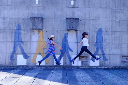 史跡が多く残る町・松崎で、ビートルズの仲間入り!?インスタ映えスポットで写真を撮りまくり♪