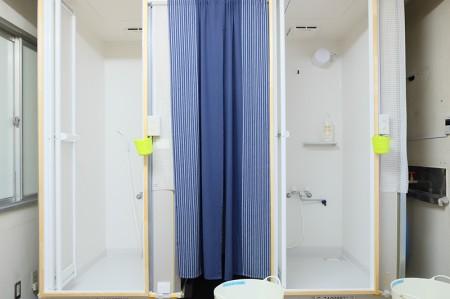 シュノーケリングのあとは温かいシャワーですっきり