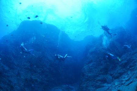 「男岩」のダイナミックな地形を進むのは気持ちがいい