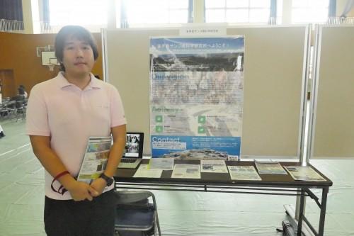 """「喜界島サンゴ礁科学研究所」。シャコ貝から海の過去や未来の健康状態を調査しているという。こちらの博士は""""シャコ貝くん""""と呼ばれていました。"""