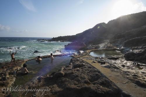 無料で誰でも入浴することができる硫黄島南東側にある天然温泉「東温泉」