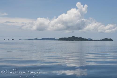 海況にも恵まれ、ピアニモ島に向かう時は水面が鏡の様なべた凪だった