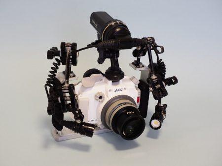 E-PL9/10カメラと水中ハウジングのUH-EPL10