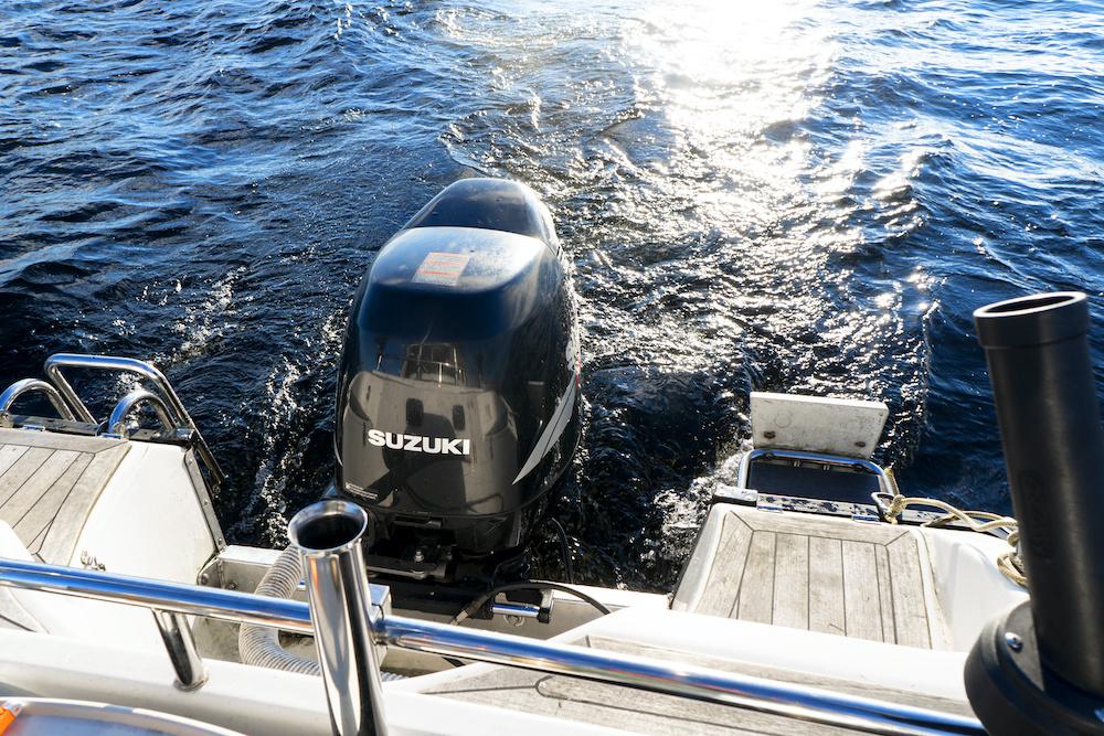 世界初!船外機用マイクロプラスチック自動回収装置をスズキが開発