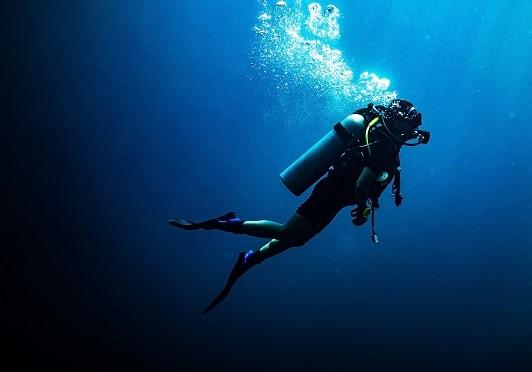 ダイビング中に息切れを感じたことはありませんか?浸漬性肺水腫を考える