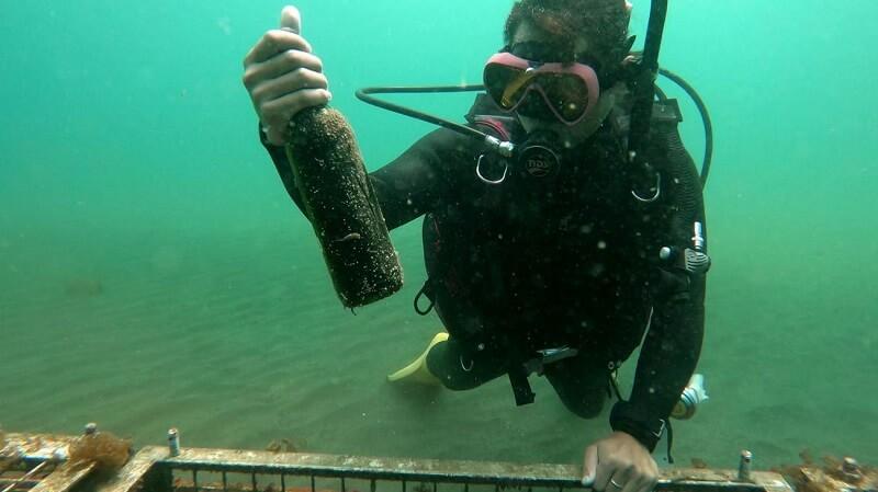 好きなお酒を1本から海底熟成!自分で沈め、引き揚げる「ダイビングプラン」もあり